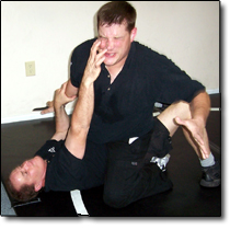 reality fighting, unarmed self defense against an edged weapon, knife combatives, close quarter combat
